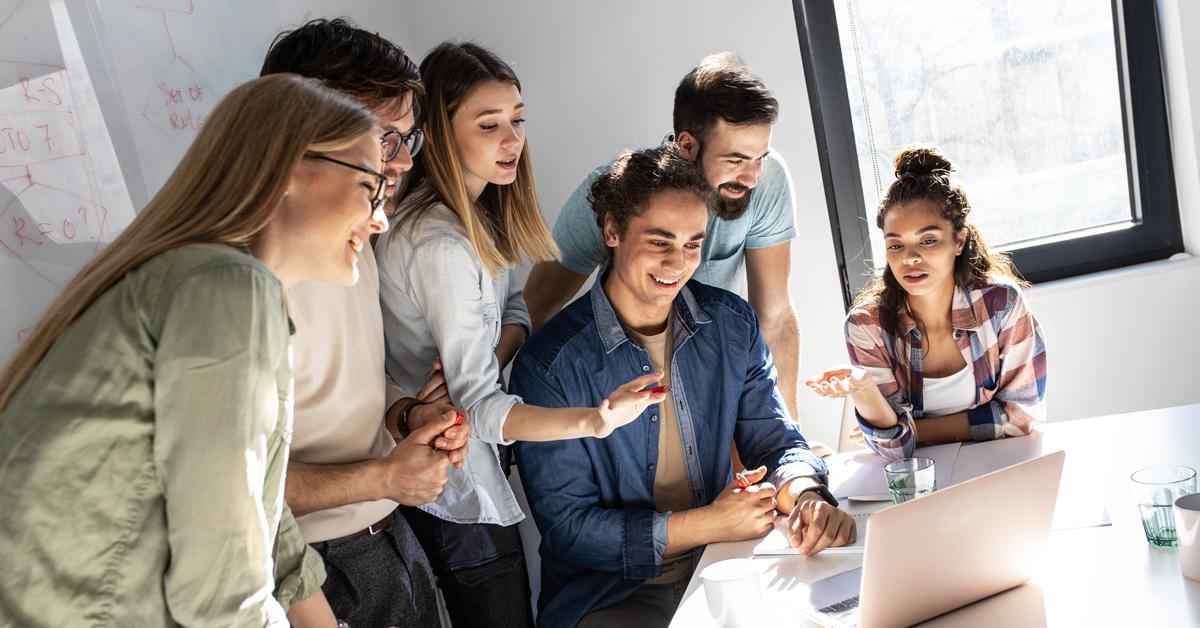 Equipe Ilustrando Como Integrar Um Desenvolvedor Trainee